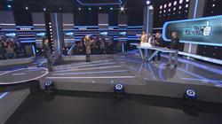 O Δημήτρης Κουρούμπαλης και η ομάδα του Striptease στο Ένας για όλους με τη Μαρία Μπακοδήμου