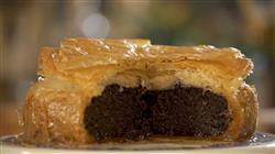 Γλυκές Αλχημίες - Μπακλαβάς γεμιστός με σοκολάτα, αλμυρό κέικ,άλειμμα σοκολάτας, τηγανιτές αβγόφετες