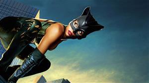 Catwoman, Τρίτη στις 21:00